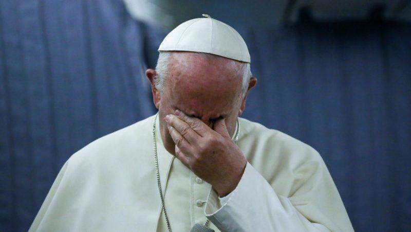 """El Papa calificó de """"caca"""" los casos de pedofilia"""