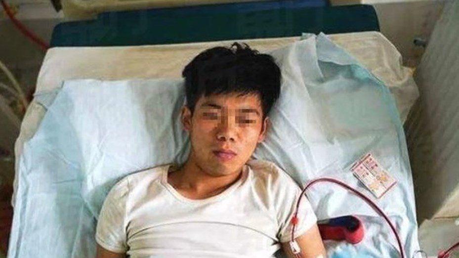 Vendió un riñón para comprar un iPhone y ahora quedó discapacitado de por vida