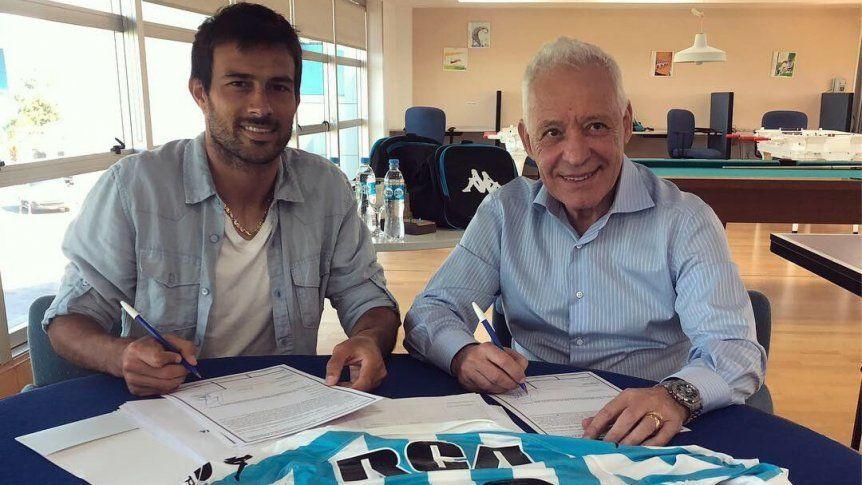 Cvitanich firmó y ya es de Racing