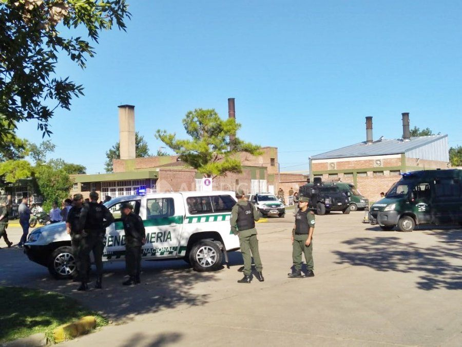 La ministra Bullrich participó de la quema de 280 kilos de droga en Santa Fe