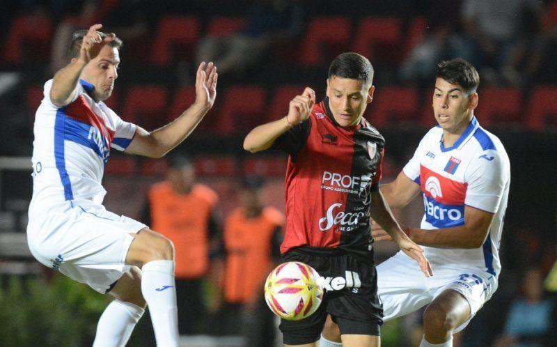 Colón y Tigre igualaron sin goles por la Copa de la Superliga