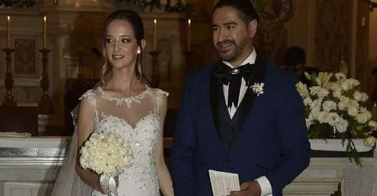 El increíble casamiento del cantante de Ráfaga con su novia 20 años menor