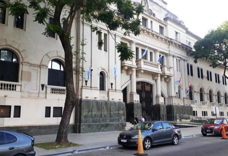 Juzgan a un hombre acusado de abusar sexualmente de la hija de su expareja