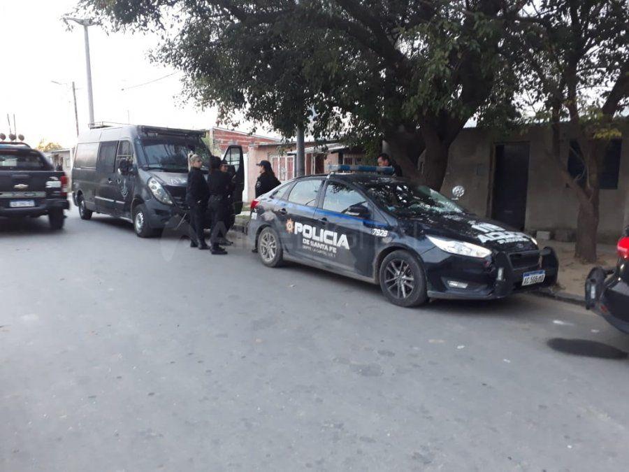Coronel Dorrego: armas, drogas y tres detenidos en un allanamiento