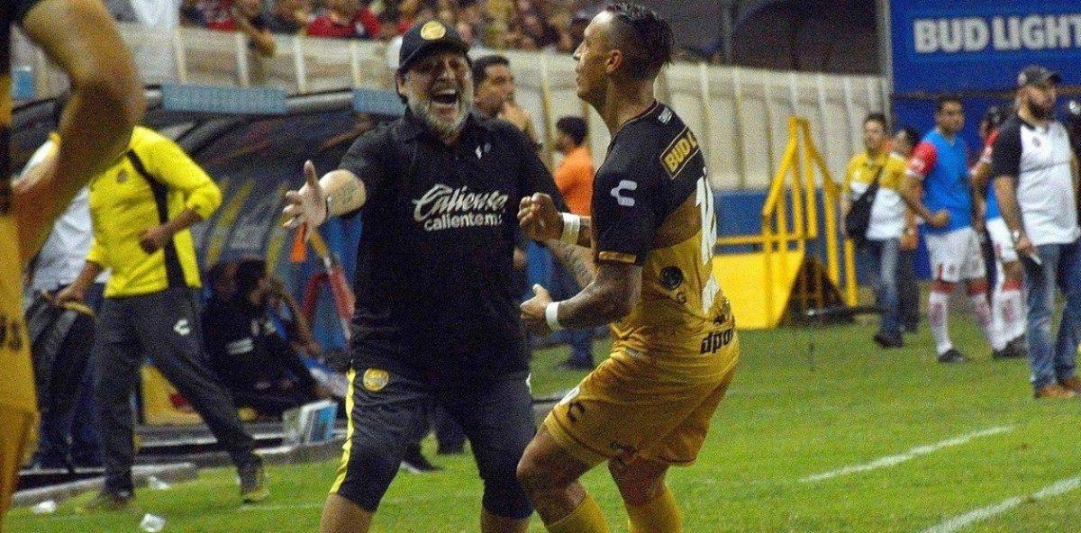 Maradona muy cerca de jugar la final por el ascenso con Los Dorados