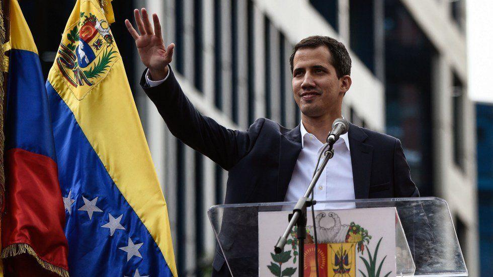 La Asamblea Nacional venezolana que preside Guaidó propuso convocar a elecciones antes de nueve meses