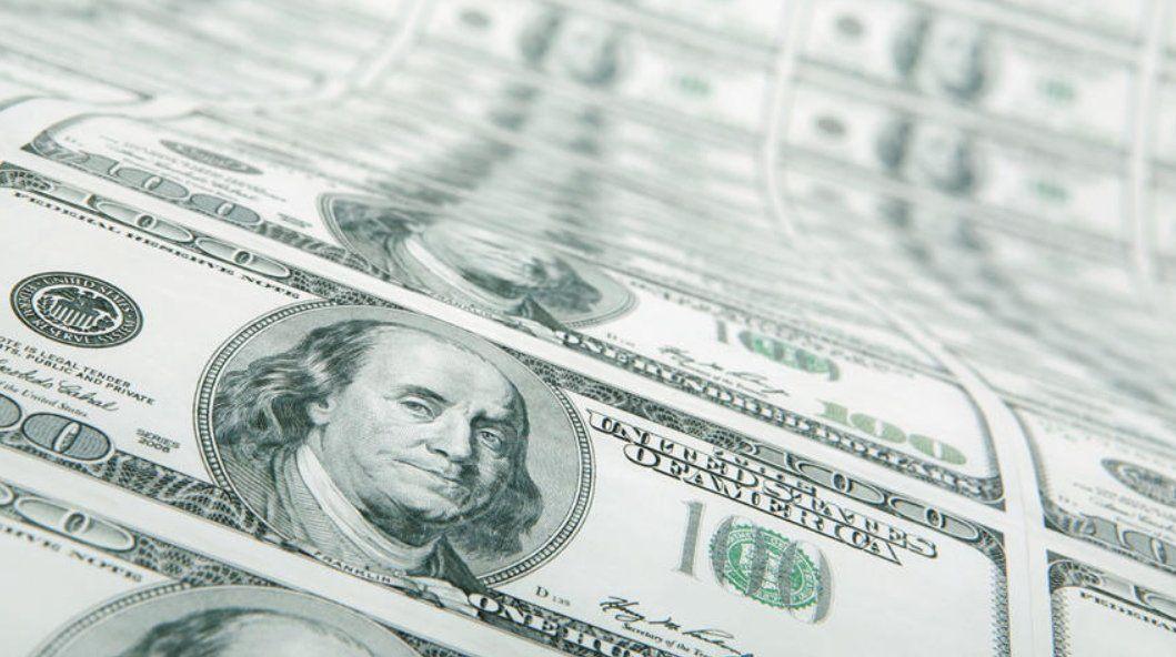 El dólar subió a $46,38 en el comienzo de la semana