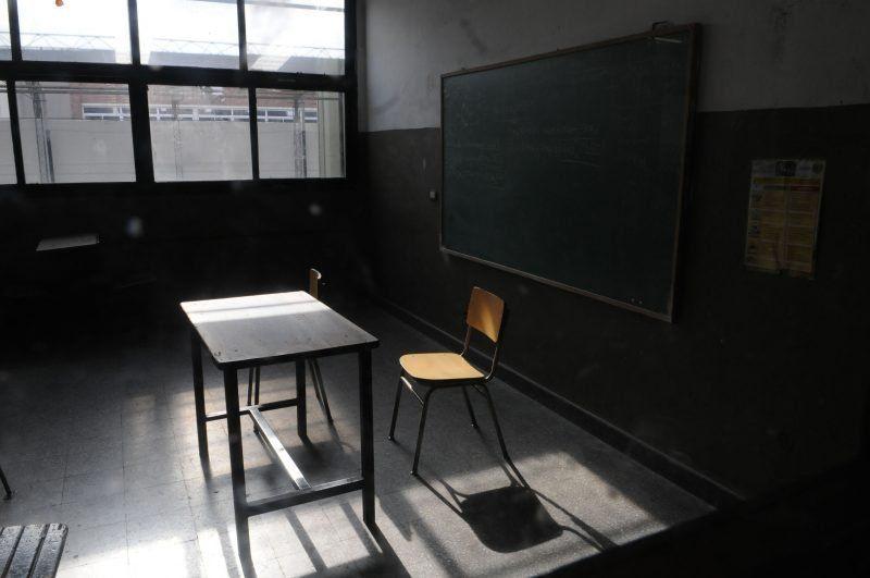 La escuela a la que iba el niño fallecido en el brutal choque no da clases este martes