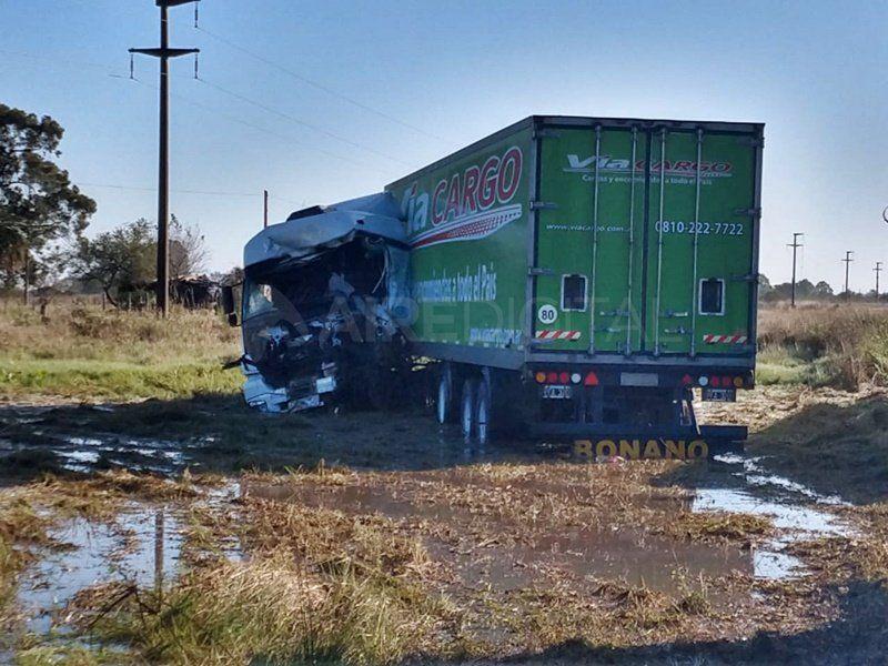 Un muerto en un trágico accidente entre dos camiones sobre ruta 11
