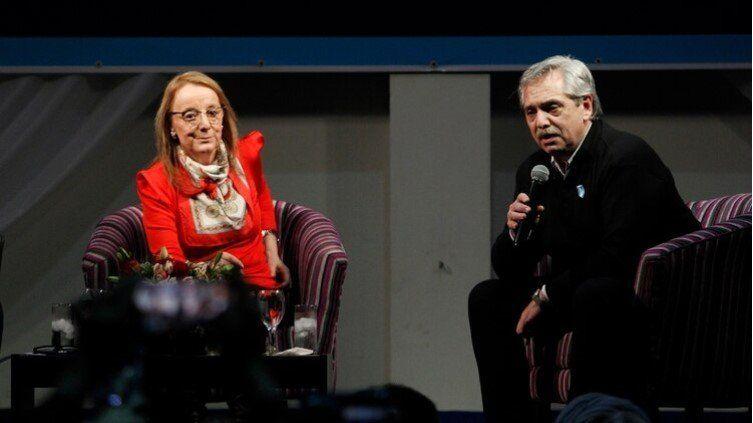 Alberto Fernández arrancó su campaña con Alicia Kirchner en Santa Cruz
