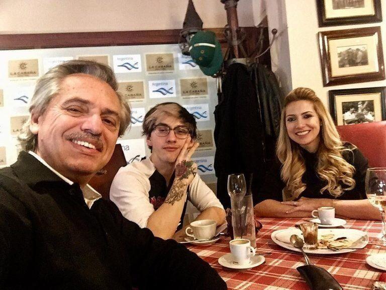 El curioso perfil del hijo de Alberto Fernández