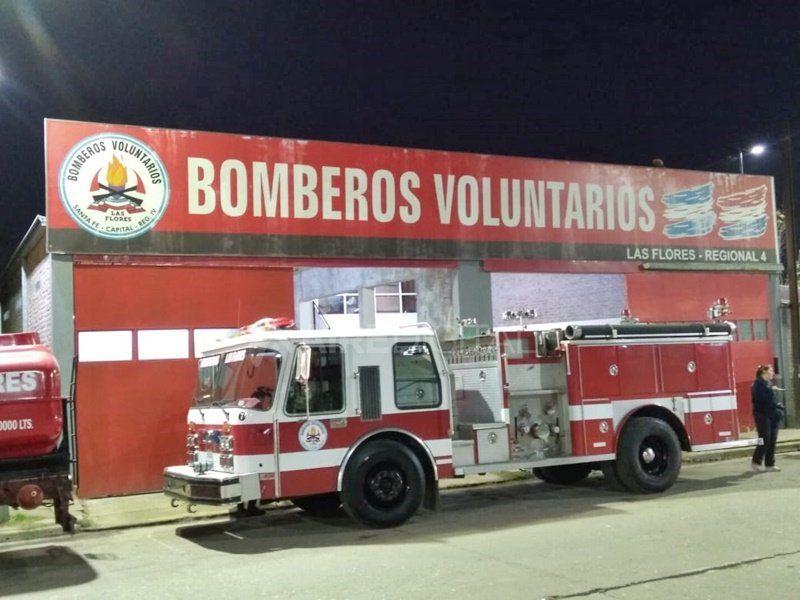 Los Bomberos Voluntarios celebraron su día en el cuartel de Las Flores