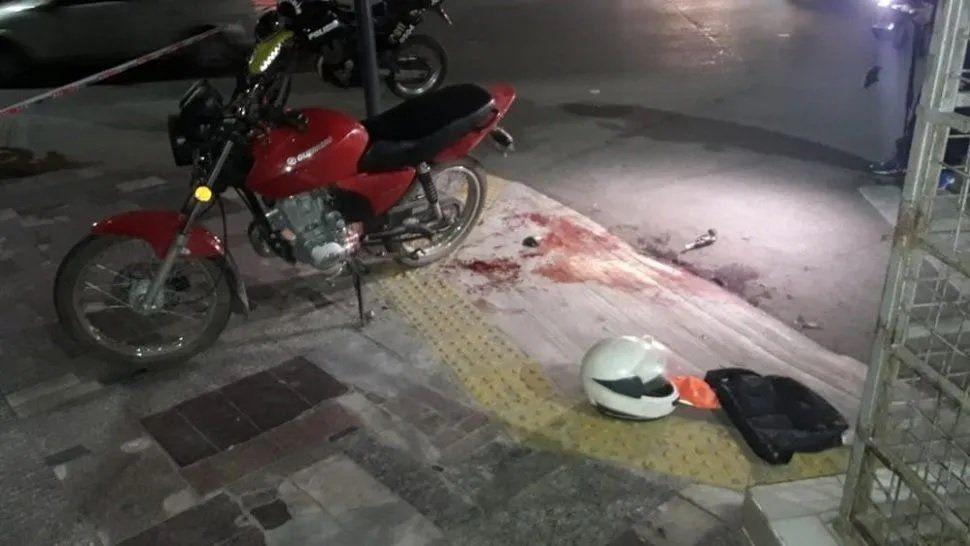 Un ladrón se disparó sin querer en una pierna durante un robo y murió