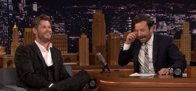 """Chris Hemsworth conmovió al cantar """"Hurt"""" como Thor gordo"""