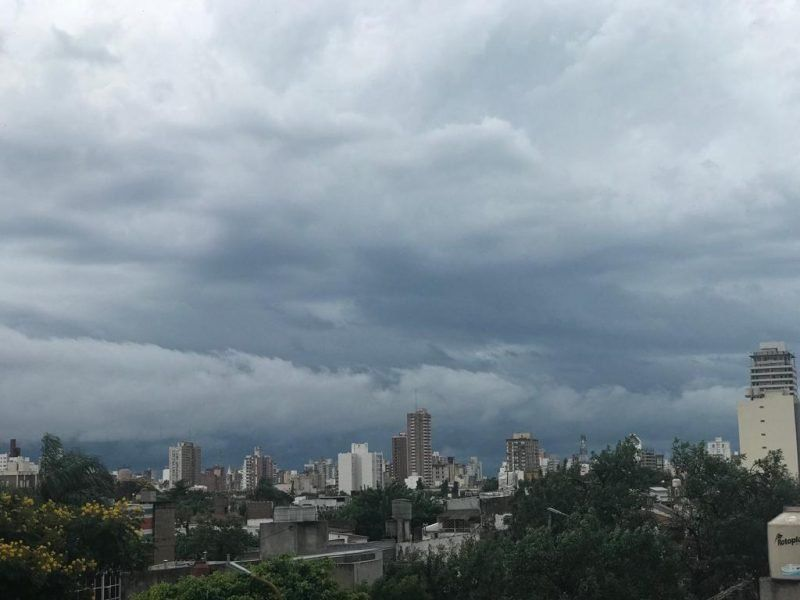Se espera un viernes inestable, con neblinas y probabilidad de lluvias