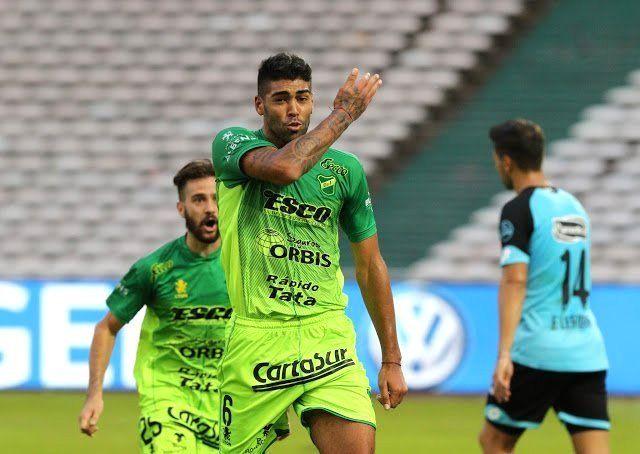 Independiente intenta destrabar la negociación por Alexander Barboza
