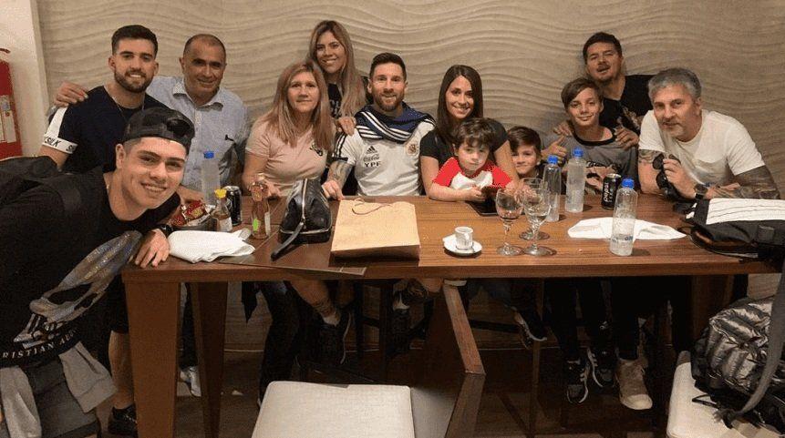 Así festejó Messi su cumpleaños en plena concentración