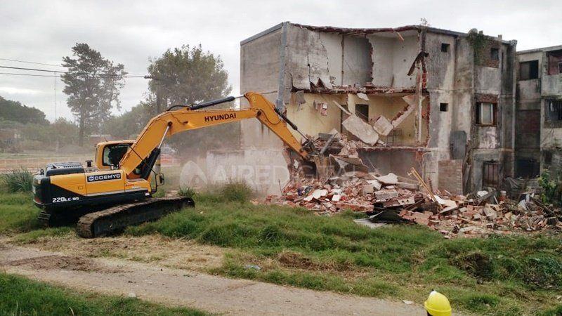 Continúa la transformación de barrio Acería: demolerán el monoblock N°20