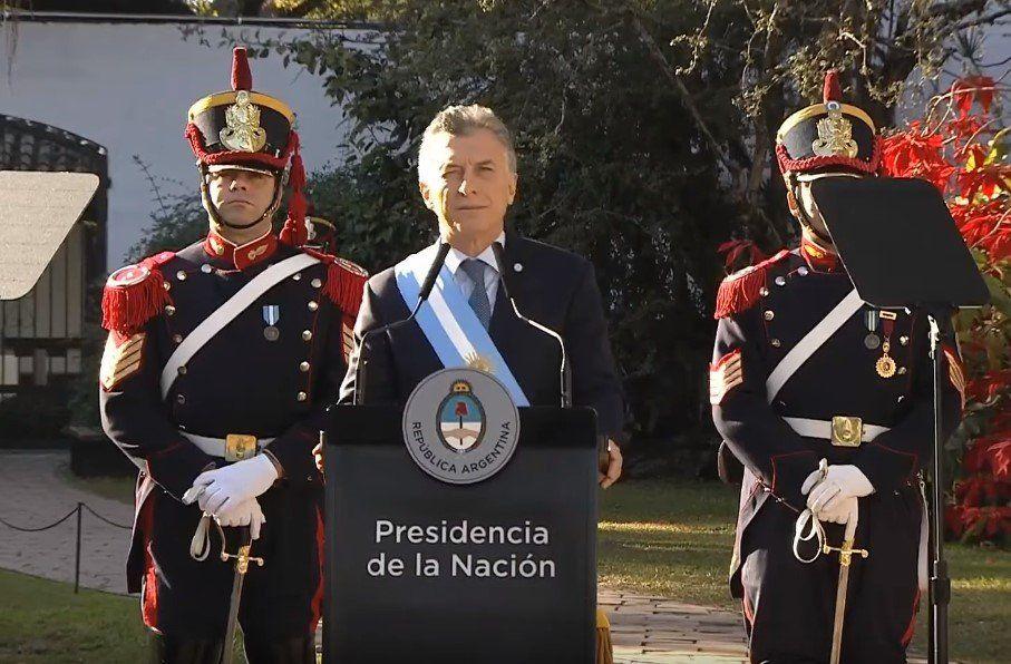 """La Argentina """"exige el mismo paso de grandeza"""" dado en 1816, aseguró Macri"""