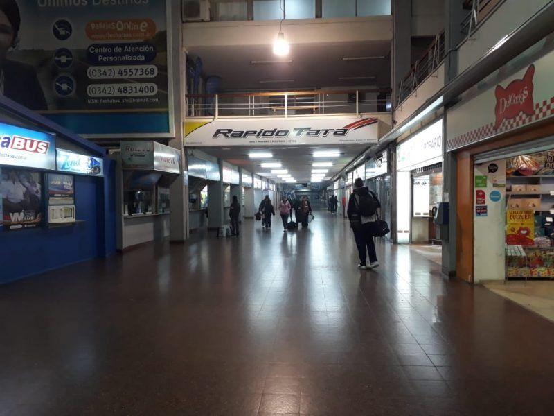 Paro de colectivos: hay personas varadas en la terminal de ómnibus y un alto impacto de la medida en el servicio urbano