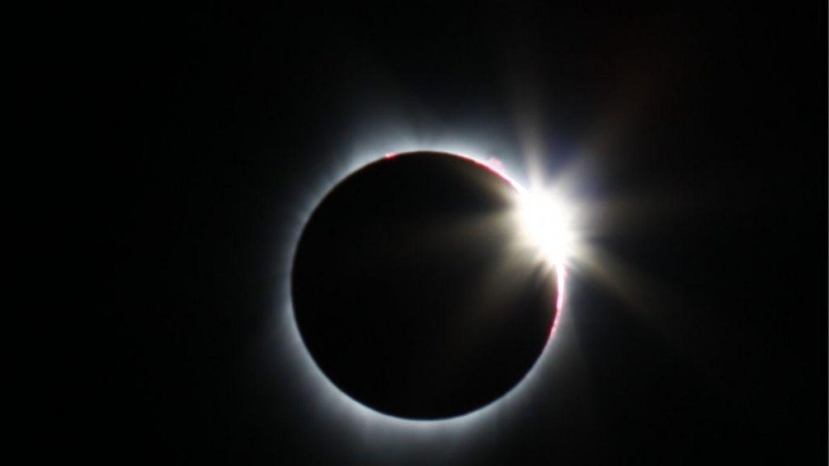 Cómo los próximos eclipses afectarán tu vida amorosa