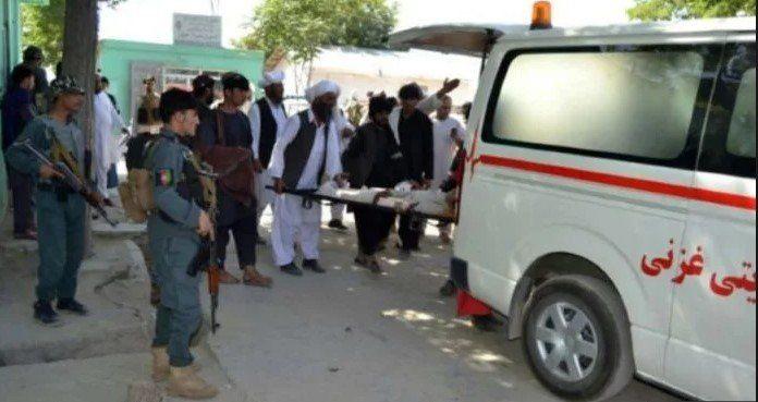 Afganistán: un menor con explosivos se inmoló en una boda y hay siete muertos