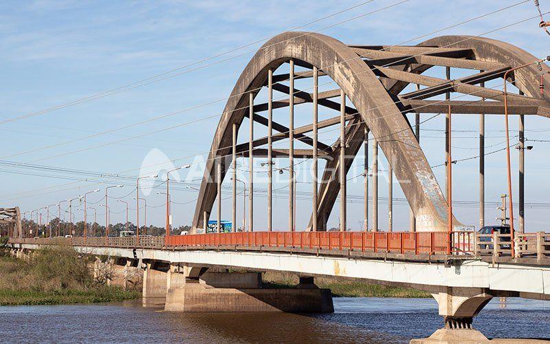 """Puente Carretero: los 80 años del """"gigante de hormigón"""" que lo dio todo y espera un relevo"""