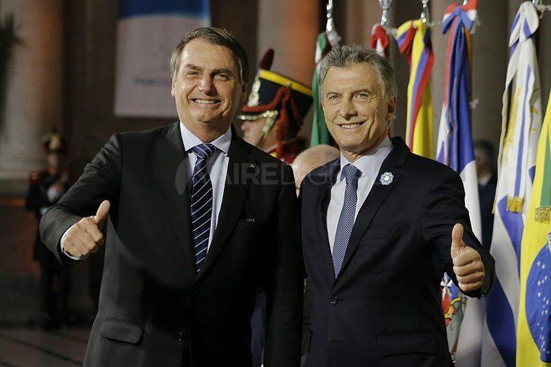 Macri recibió a los presidentes del Mercosur en la Estación Belgrano y comenzó la sesión plenaria