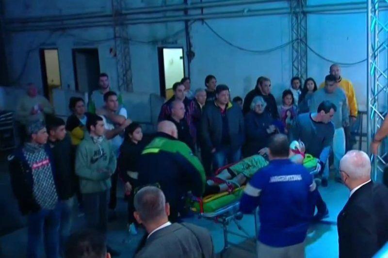El boxeador santafesino que se desvaneció en una pelea fue operado y sigue grave