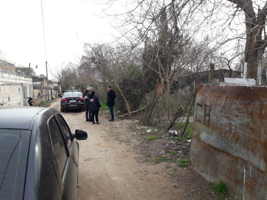Allanaron la vivienda del hombre asesinado en barrio Cabal
