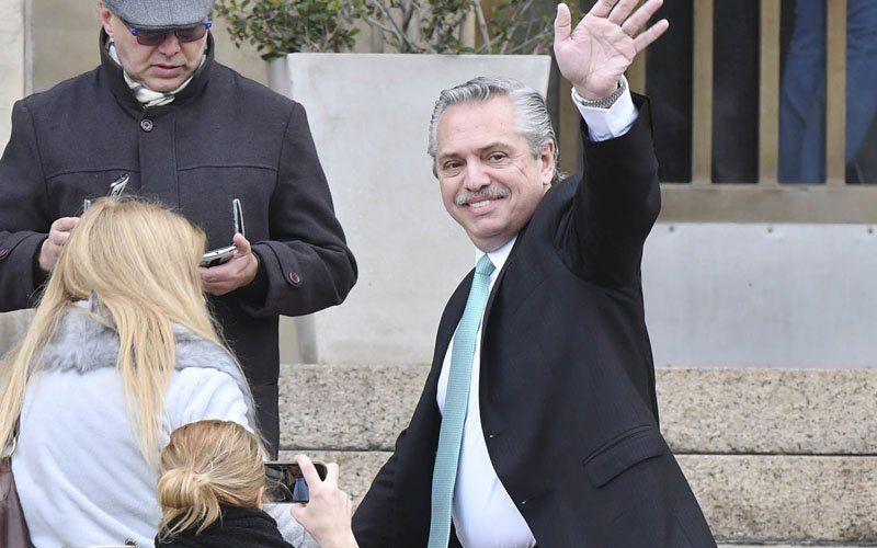 Alberto Fernández prometió subsidiar los medicamentos de los jubilados