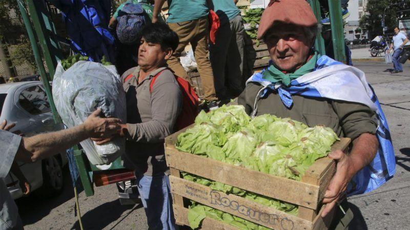 """Pequeños agricultores realizarán un """"alimentazo"""" frente a la Municipalidad"""