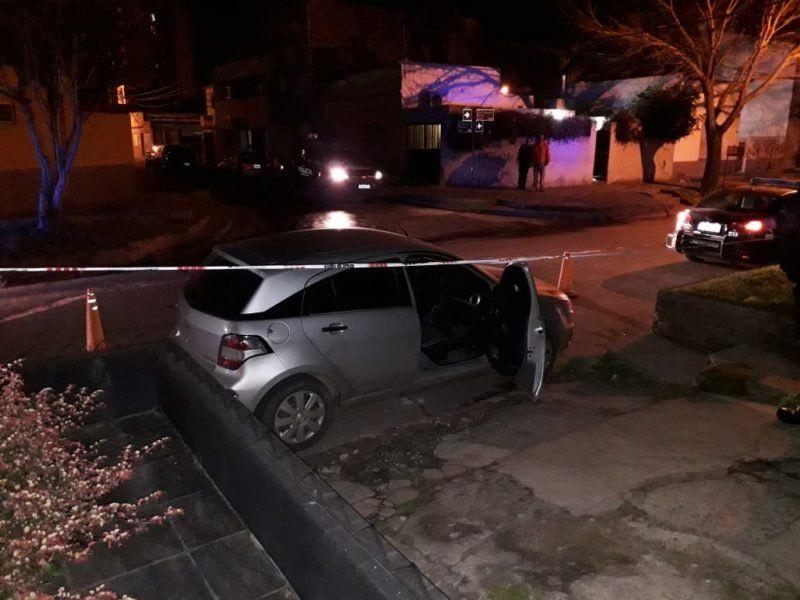 Acribillaron a un hombre de al menos seis disparos en barrio Sargento Cabral y está grave