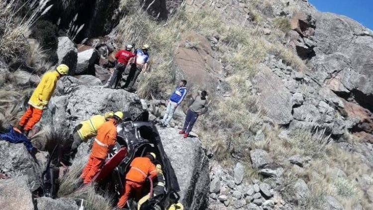 Córdoba: un nene de nueve años trepó 100 metros para salvar a su familia tras un accidente