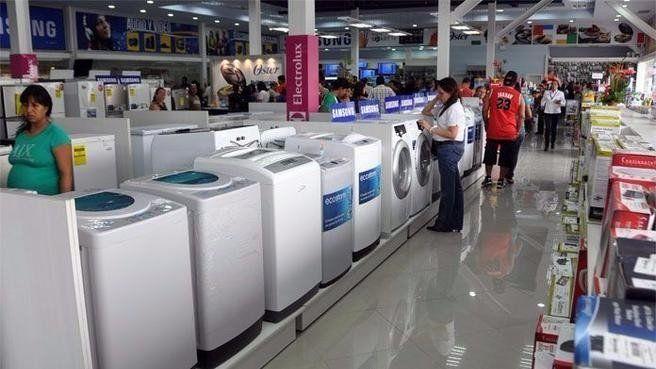 El rubro de artículos y electrodomésticos para el hogar, a la espera del impacto de la suba del dólar