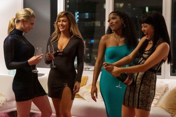 "Lili Reinhart, Cardi B y JLo deslumbran en el primer poster de ""Hustlers"""