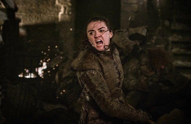 """Director de """"Game of Thrones"""" al fin explica porqué Arya apareció de la nada frente al Night King"""