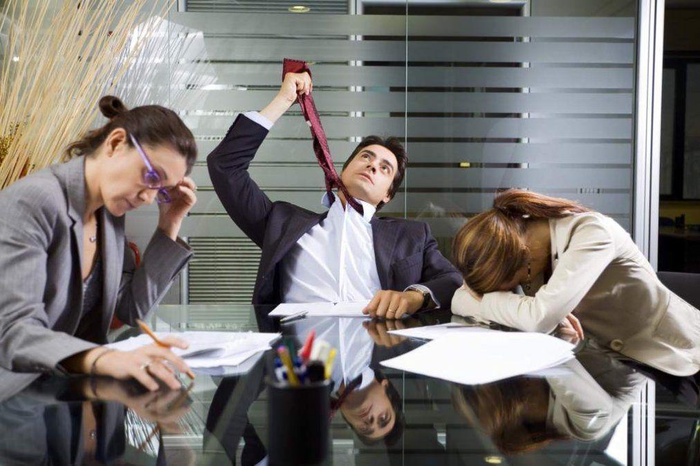 Lo que te frustra de tu trabajo según tu signo del zodiaco