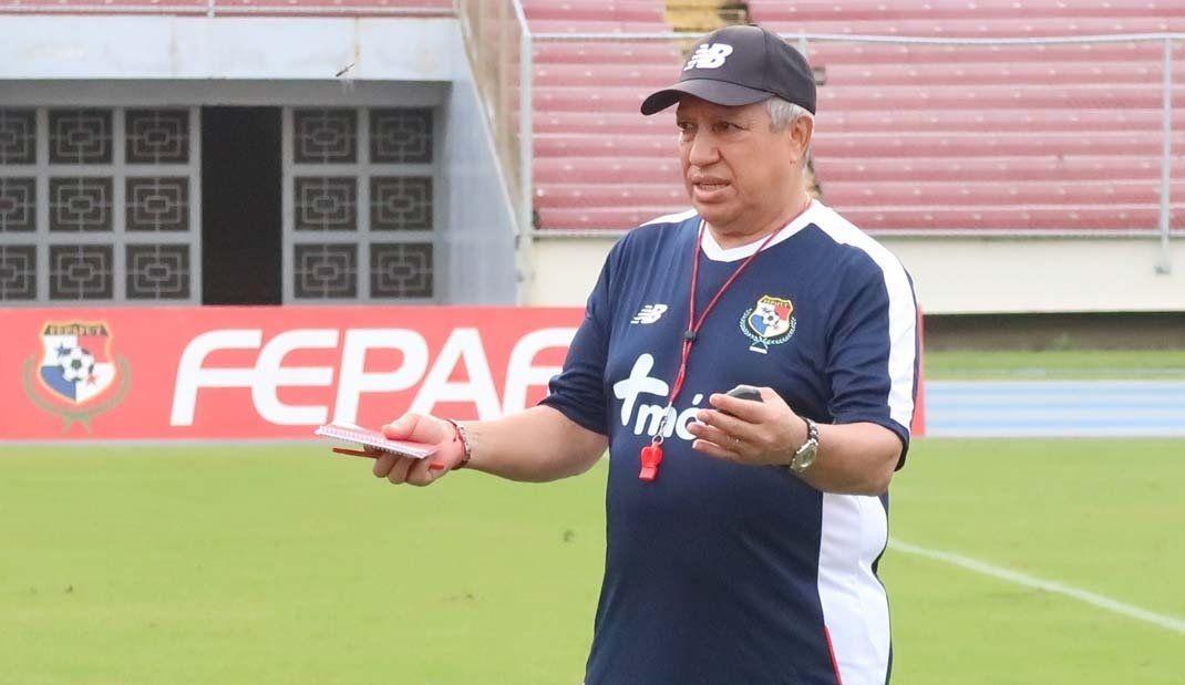 """El """"Tolo"""" Gallego habló sobre sus primeros entrenamientos como DT de Panamá"""