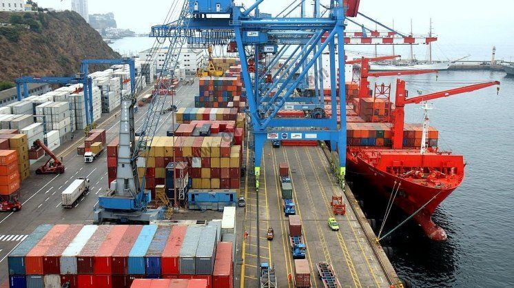 La balanza comercial registró un superávit de u$s 951 millones en julio