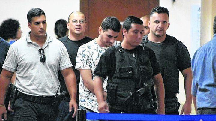 """Condenaron a cuatro presos del penal de Coronda por el brutal crimen de Ariel """"Tubi"""" Segovia"""