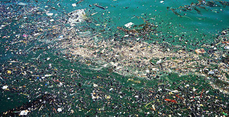 Una isla de basura en medio del océano: los plásticos constituyen el 99,9% de todos los desechos