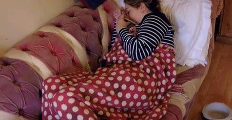 Por esta rara enfermedad, una mujer vomita 100 veces en un mismo día