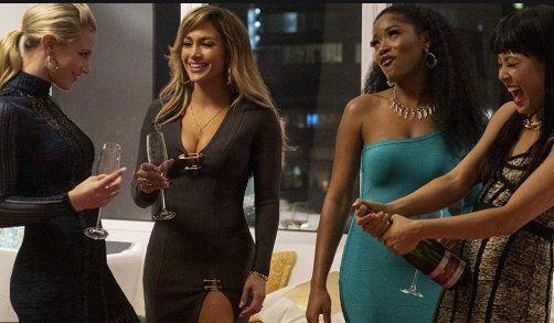 """Estafadoras de Wall Street"": la reciente película de Jennifer Lopez"