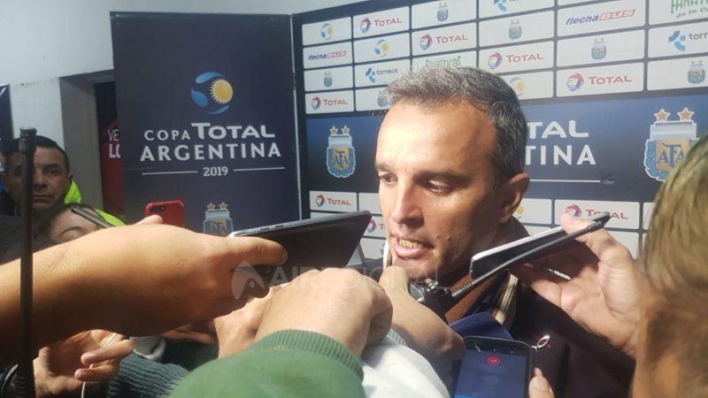 """Lavallén post victoria por Copa Argentina: """"Los pibes pusieron lo que había que poner"""""""
