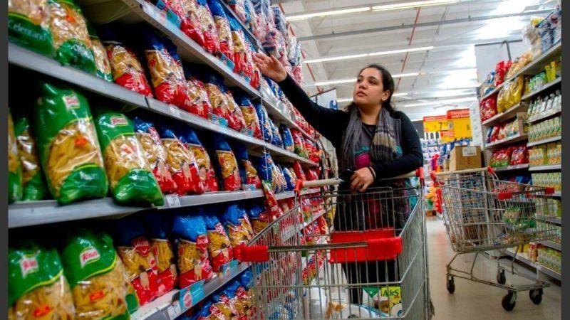 El Indec difundirá esta tarde la inflación de agosto, que rondaría el 4%