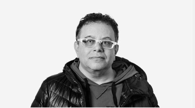 Deportaron de Irán al escritor argentino Alejandro Modarelli por ser gay