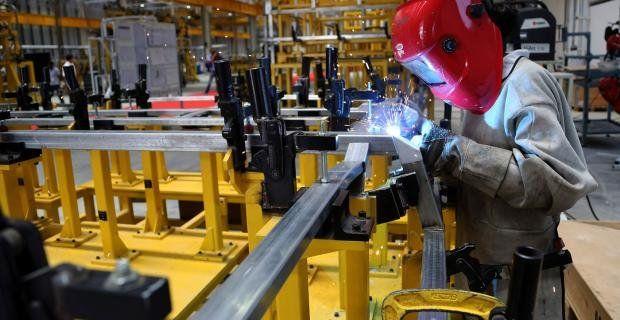 La utilización de la capacidad instalada en la industria fue apenas del 58,7% en julio y más baja que el mes anterior