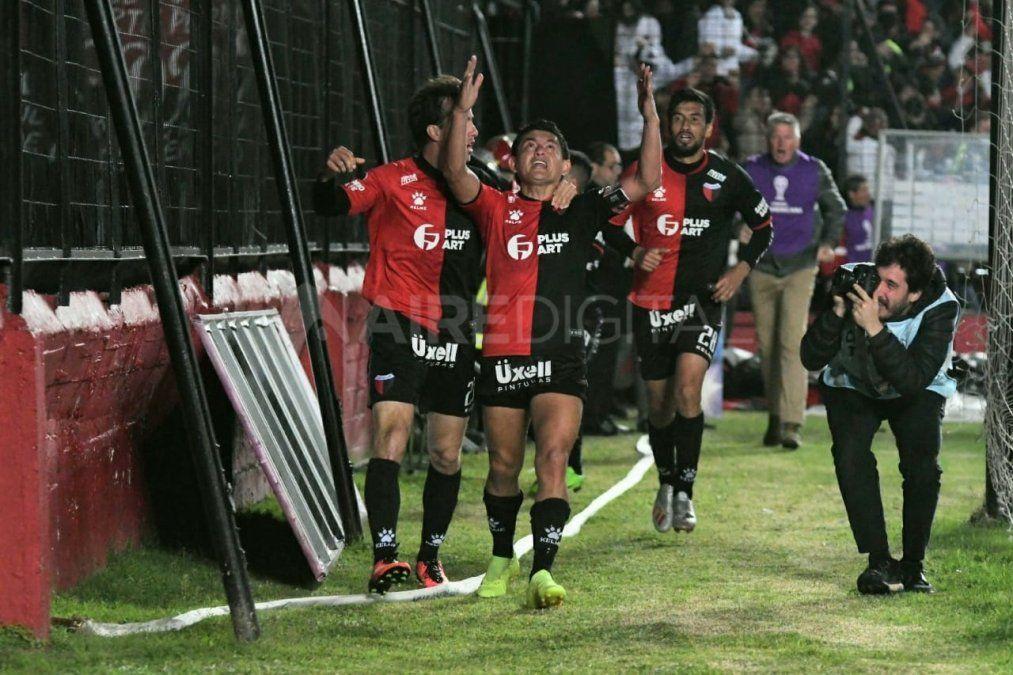 Colón derrotó a Atlético Mineiro y llena de esperanza su valija para ir a Brasil