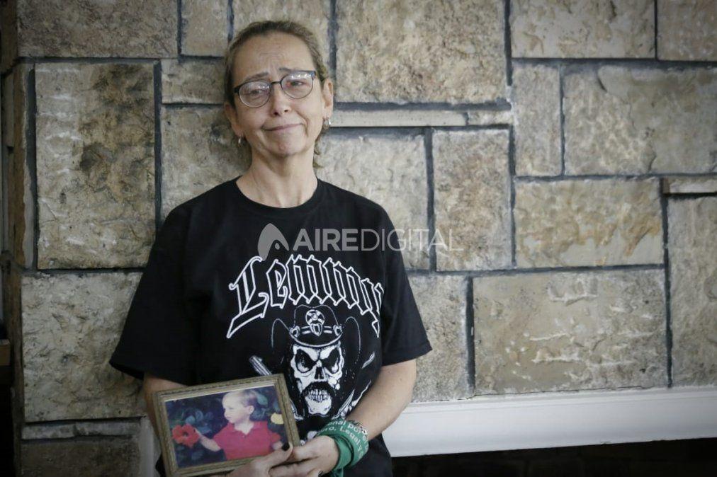 """María Inés, la madre de Julio Cabal: """"Es terrible pensar que mi única salida es Ezeiza, me quiero ir"""""""